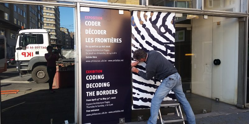 Coder décoder la frontière Installation view Isabelle Arvers