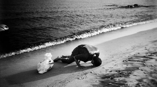 Refugees routes Athens Photo Festival Article Euronews